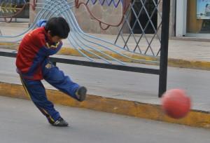TDM famille Séchet - Cusco - foot
