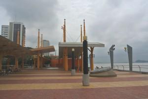 tour du monde famille Séchet - Guayaquil - 2 (Copier)